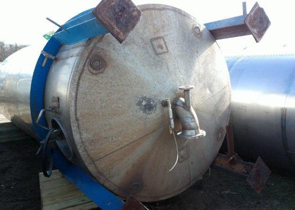 5,000 Gallon Stainless Steel Vertical Tank, 7′ Dia. X 18′ Straight Side