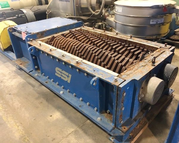 300 HP SSI M100E(63) Dual Rotor Shredder