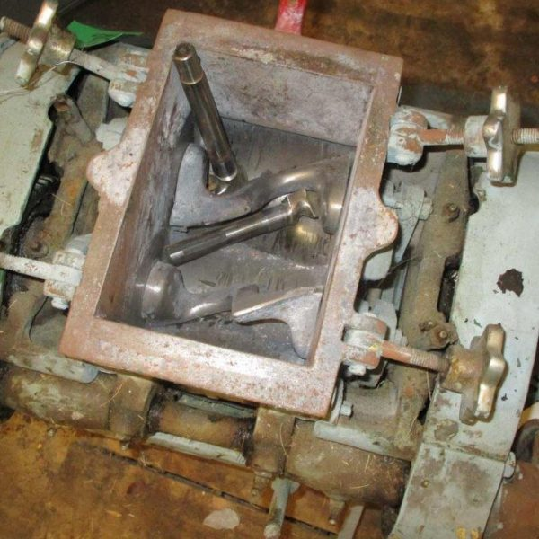1 Gallon Steel BakerPerkins Sigma Blade Mixer No Motor