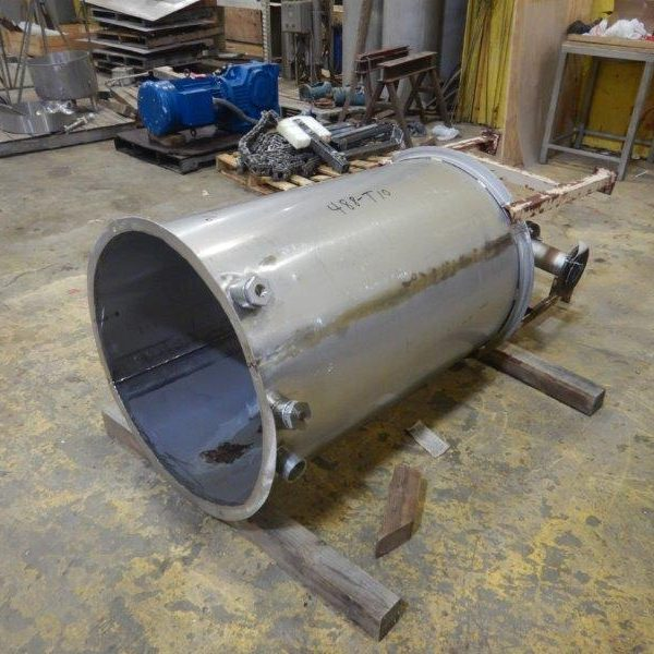 150 Gallon 304 Stainless Steel Tank, 30″Dia X 4′ With Cone Bottom