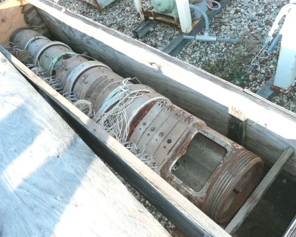 3.6″ Cincinatti Milacron Twin Screw Barrel
