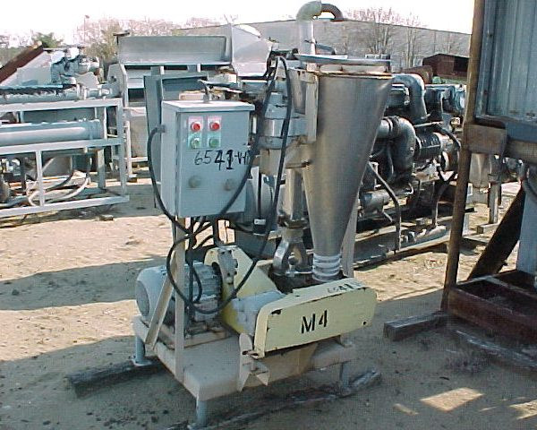 Mikro Pulverizer Company Mdl 5MA Dual Disc Grinding Mill