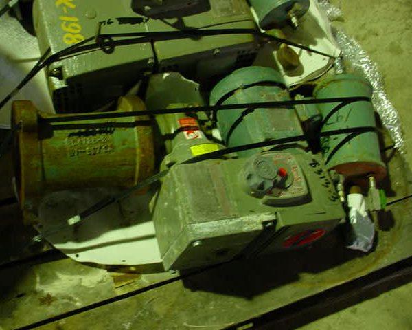 20 Gallon 150 FV Internal, 115 Jacket De Dietrich Glass Lined Reactor