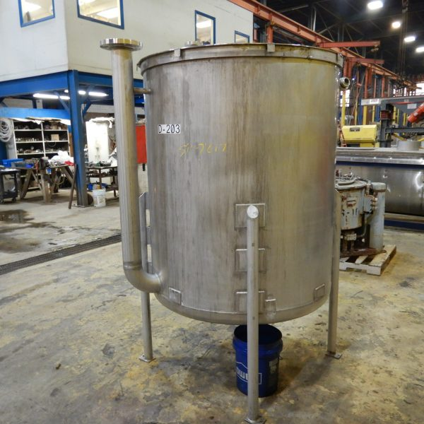500 Gallon Stainless Steel Tank 4′ Dia. X 5′ Straight Side