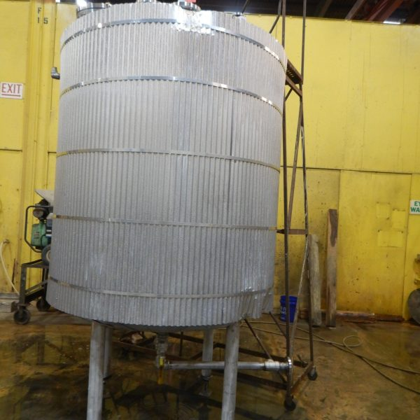 900 Gallon Stainless Steel Tank 5′ Dia. X 6′ Straight Side