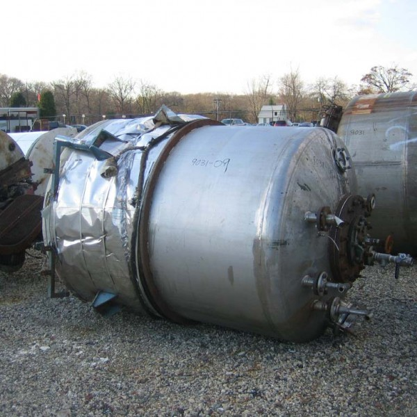 """900 Gallon 304 Stainless Steel Vertical Tank, 5′ Dia. X 5'10"""" Straight Side"""