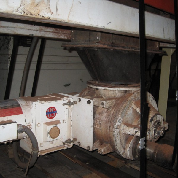 5 HP Stainless Steel Fitzpatrick Model D Mill