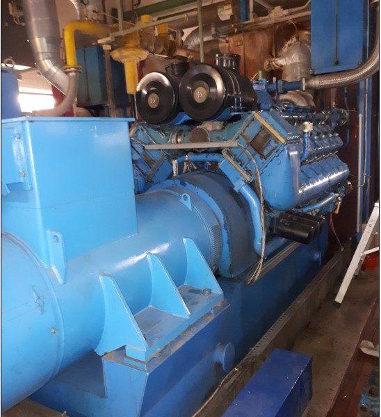 Used 600 KWh DEUTZ MWM type TBG604BV12 gas engine generator set