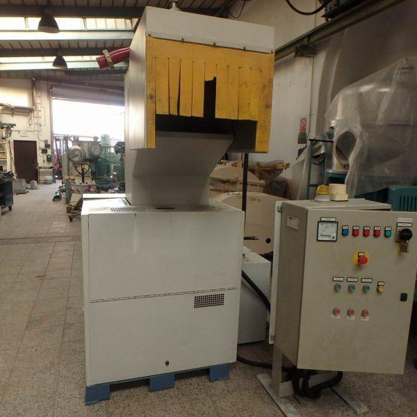 25 HP Tria Model 45-35/CN-SL Cutting Granulator