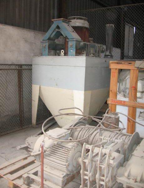 90 KW Clavijo (Spain) Model MTC-125 Carbon Steel Vertical Hammer Mill