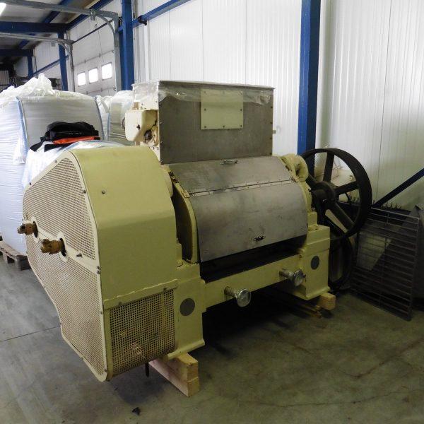36″ Long x 18″ Diameter, ER&F Turner 2-Roll Flaking Mill