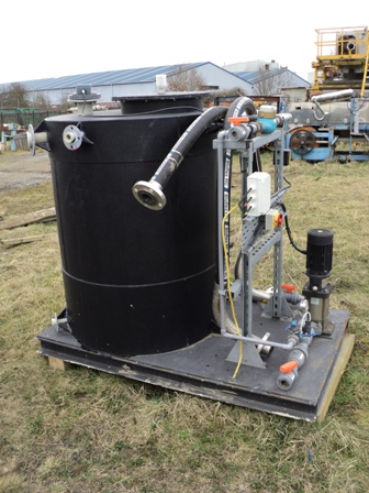 800 LTR HDPE WATER TANK & PUMP