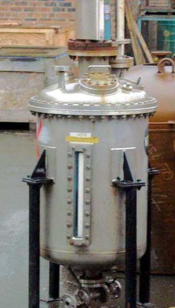 250 Litre Stainless Steel Vertical Vessel