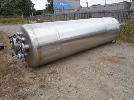 2,750 Litre Giusti Stainless Steel Vertical Storage Vessel, 900mm Dia x 3200mm Straight Side