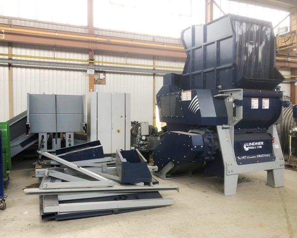 85 HP 42″ X 44″ Lindner Shredding System