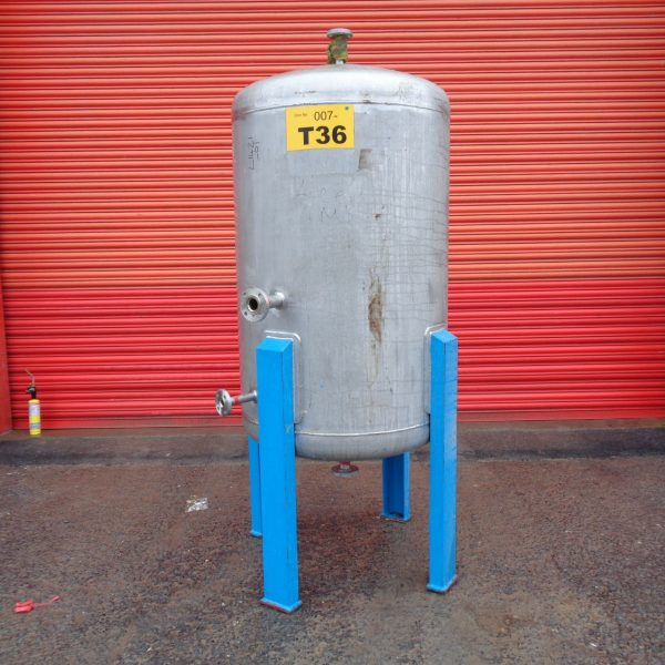 920 Litre Pfaudler Stainless Steel Vertical Storage Vessel, 900mm Dia x 1200mm Straight Side