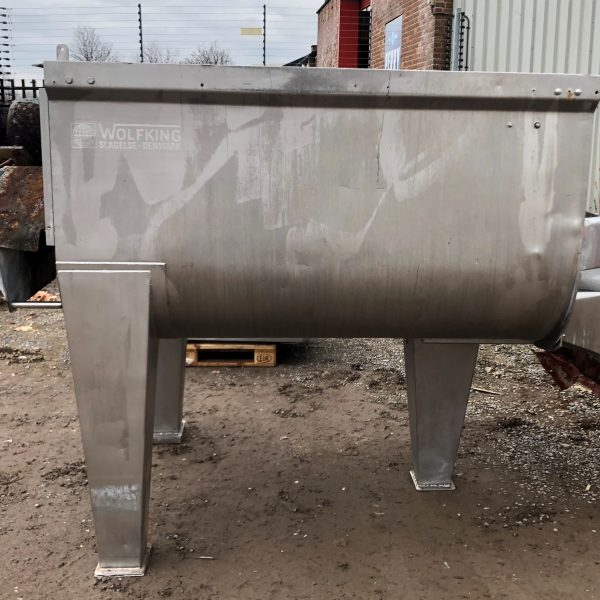 3000 LTR SS WOLFKING          KW TWIN RIBBON