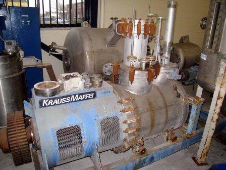 24″ X 2′ Krauss-Maffei 160B Stainless Steel 316 TI Vacuum Dryer Blender System