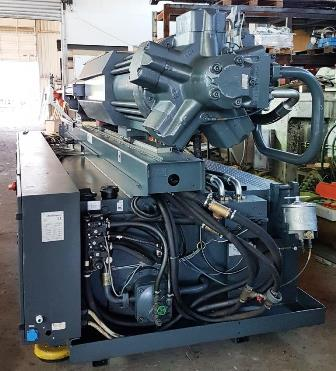 880 Tons Demag Ergotech Type ET 5.200-800 Injection Molder
