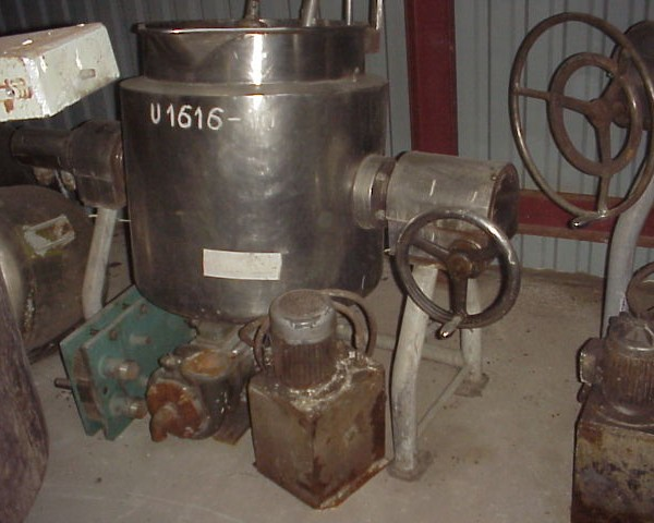 160 Litre Stainless Steel Jacketed Mixing Tank