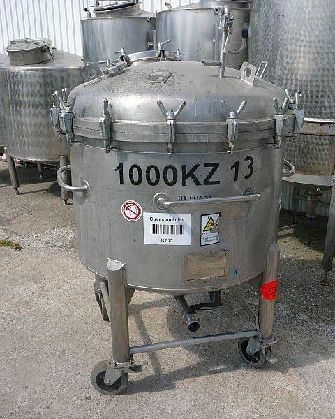 1060 Liters Stainless Steel Tank