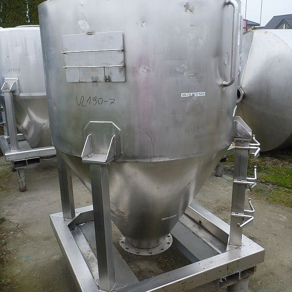 46 Cubic Foot Stainless Steel Vertical Storage Tank For Powders