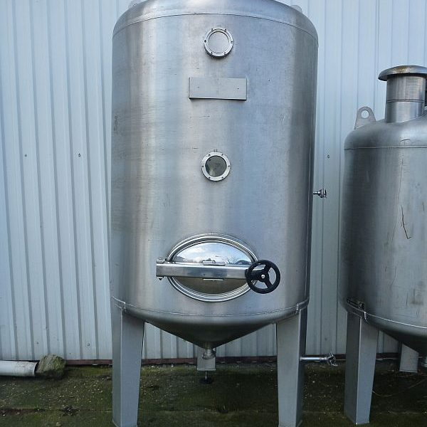 2000 l Vertical Stainless Steel Tank Conical Bottom