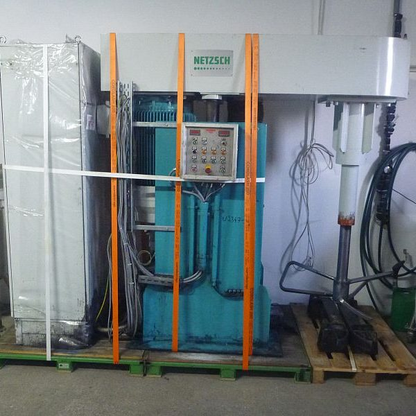 264 Gallon 48 KW Stainless Steel Netzsch Mixer Type VPI 550 With Butterfly agitator