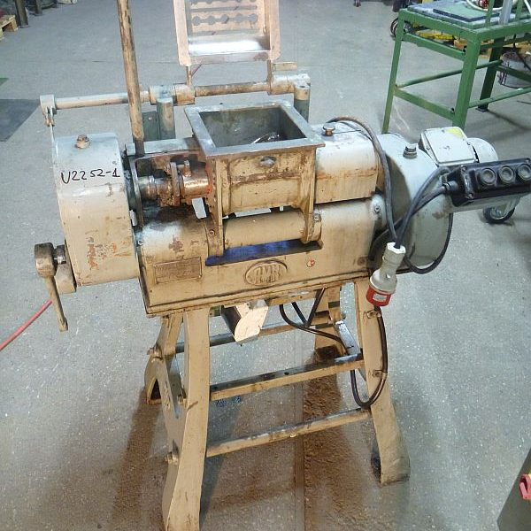 5.6 l total volume jacketed z-blade mixer by AMK