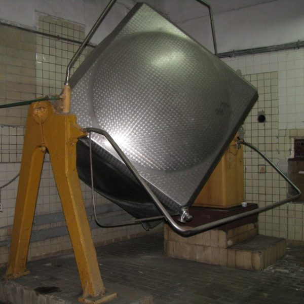 211 Cubic Foot Paasch (Denmark) Stainless Steel Cube Tumbling Mixer