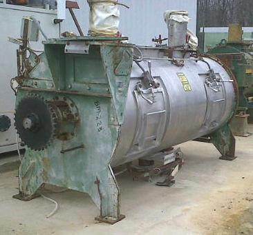 2000 Liter Walter Equipment Ltd Plow Mixer