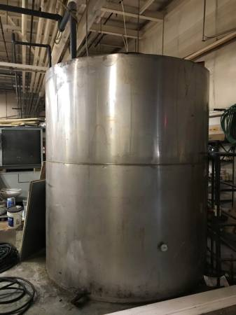3,000 Gallon Kemco Systems 304 Stainless Steel Vertical Storage Tank