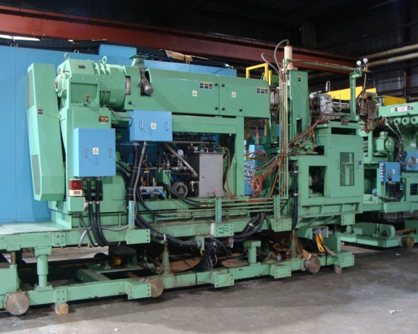 Toyo Model BMSR-VP-1400 X 260HD Rotary Wheel Continuous Automatic Bottle Blow Molder